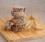 Vasario 5-oji: išskirtinė diena ypatingam produktui – duonai